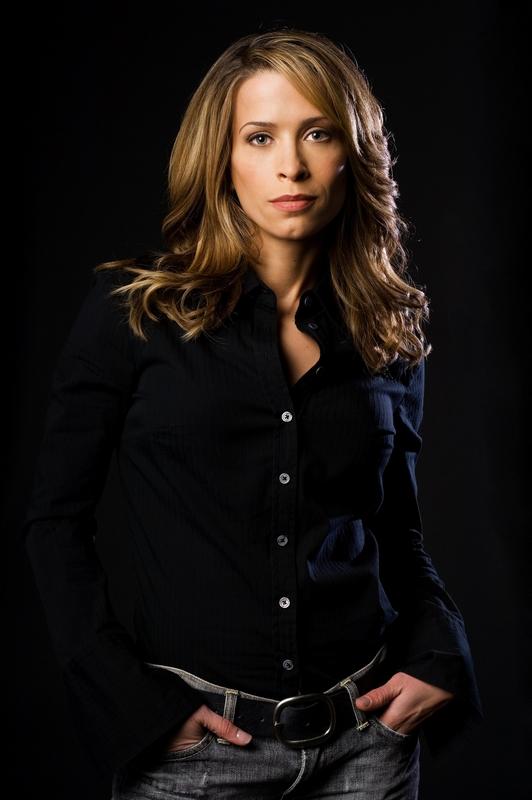 Christina Cox Net Worth
